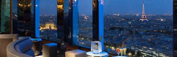 Paris rooftop Le Bar and Restaurant