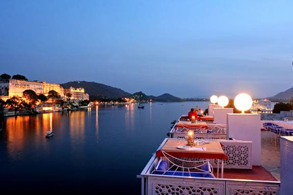 Udaipur Lake Pichola Hotel Best New Bar View